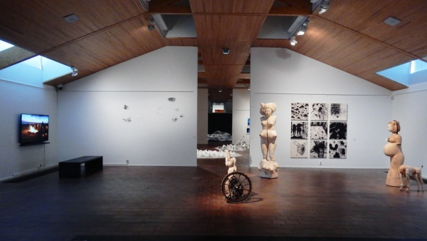 NAKATSUGAWA Hiroaki: Painting, Mia HAMARI: Sculpture