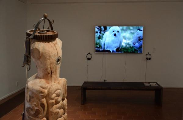 Amanda BILLBERG: Video, Mia HAMARI: Sculpture